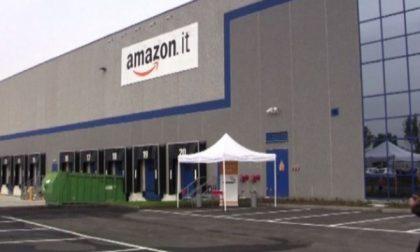 Amazon assume 1200 persone