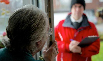 Anziani raggirati con la finta fuga di gas