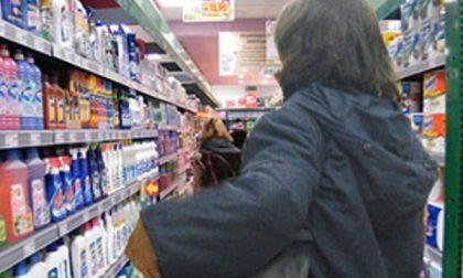 Asola, ruba al supermarket. Denunciata donna