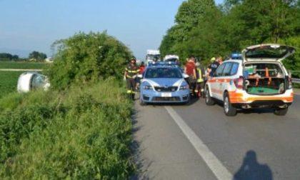 Auto impazzita travolge 4 agenti della Polstrada