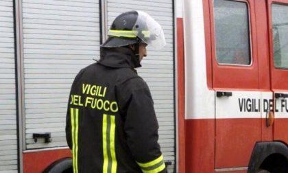 Auto in fiamme, Tangenziale Sud in tilt