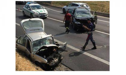Castenedolo, incidente tra auto: due feriti