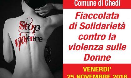 Fiaccolata a Ghedi contro la violenza sulle donne