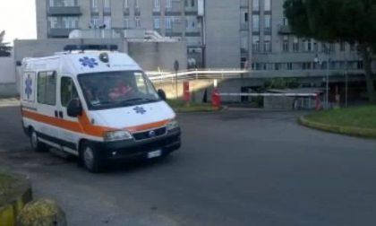 Fiato sospeso: marocchino 47enne minaccia di buttarsi dall'edificio