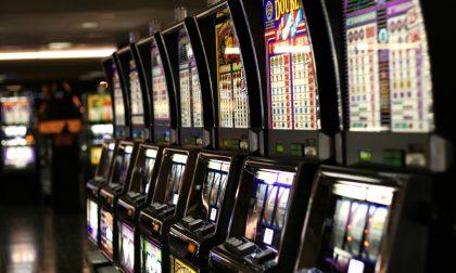 Manette per la banda delle slot machine