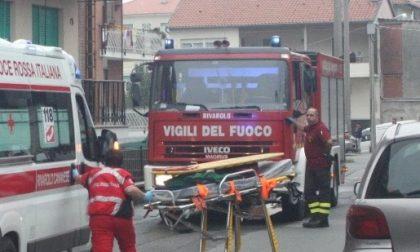 Maxi incendio a Chiari, soccorsi al lavoro