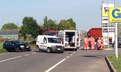 Maxi tamponamento in via Mantova, traffico in tilt