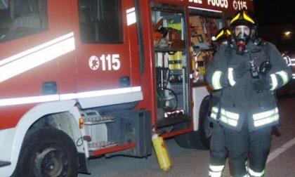 Palazzina in fiamme, attimi di paura a Montichiari