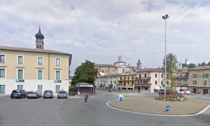 Richiedente asilo 25enne defeca in piazza