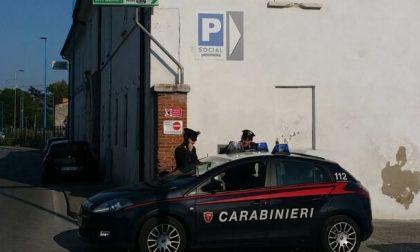 Ruba in 3 negozi, arrestato 40enne italiano