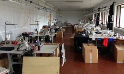 Blitz della Polizia, chiuso un laboratorio tessile cinese