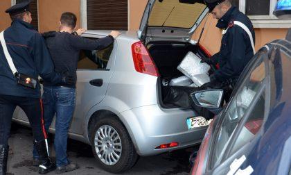 Trasportava 16 Kg di marijuana, arrestato un albanese