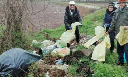 Volontari al lavoro: raccolti 15 quintali di rifiuti