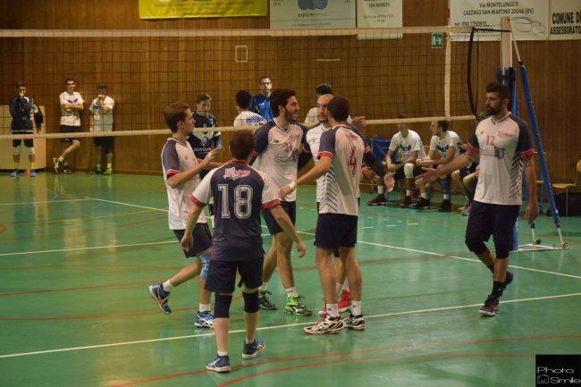 Volley Cazzago trionfa e scala la classifica