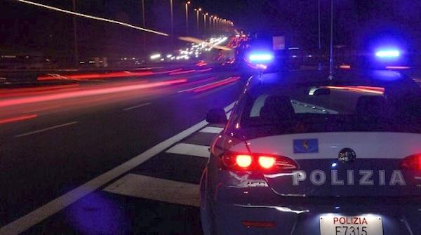 Fermata auto sospetta A bordo tre uomini senza permesso di ...