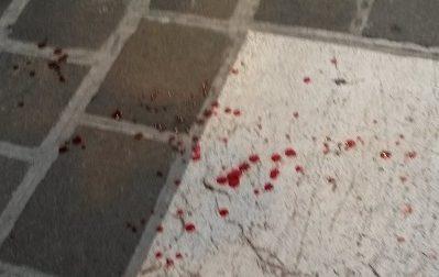 Accoltellato in piazza Duomo a Desenzano, fermato l'aggressore: i fatti