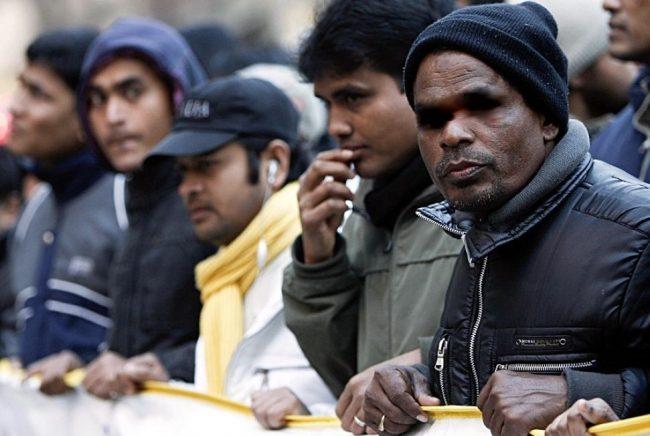 Gestione profughi revocata la misura cautelare per Scaroni
