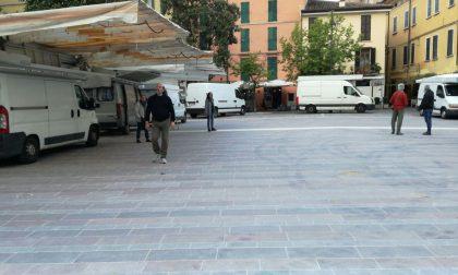 Mercato, gli stagionali in piazza Cappelletti