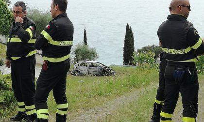 Padenghe: due cadaveri in un'auto bruciata