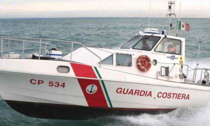 Recuperati 4 ragazzi incagliati all'isola del Garda
