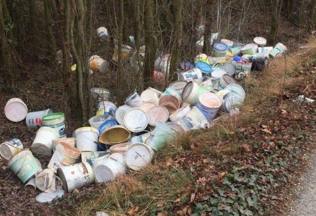 Mozione in Consiglio comunale a Desenzano contro l&#8217&#x3B;abbandono di rifiuti