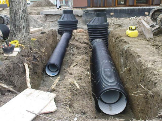 Problemi idraulici iniziati i lavori per sistemarli
