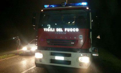 Furgone incendiato Allarme nella notte a Lumezzane