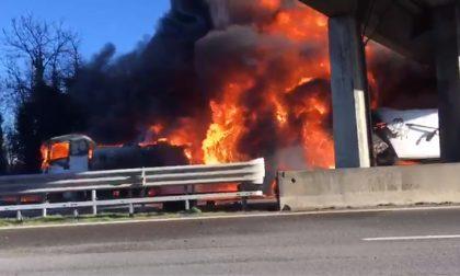 Strage in A21 sei le vittime dell'incendio IL VIDEO