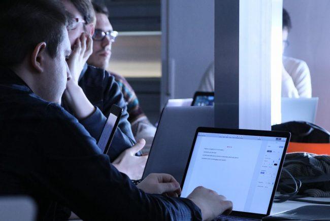 Indagini nel dark web, cinque misure cautelari