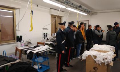 11 lavoratori cinesi clandestini arrestato titolare di azienda tessile