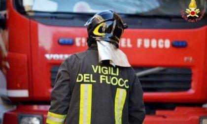 Rogo a Brescia, va a fuoco un'officina di via Milano