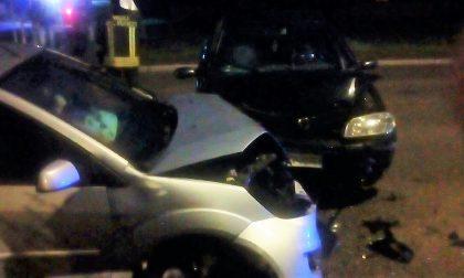 """Scontro tra due auto all'incrocio delle """"Zilie"""" di Calvisano"""
