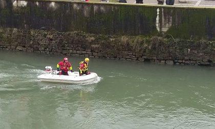Protezione Civile a Palazzolo: l'auto da recuperare e il fiume