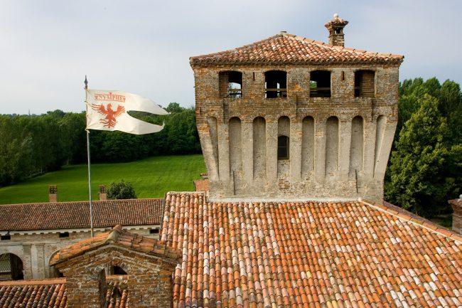 Un viaggio nella torre inaccessibile del Castello di Padernello