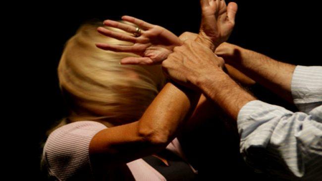 Donna sequestrata in casa Arrestato marito violento a Chiari