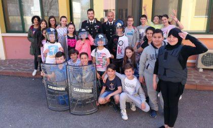 Studenti clarensi in visita dai carabinieri