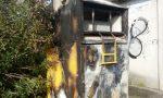 Incivili a Ghedi incendiano il cassone Humana