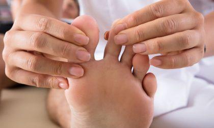 I vantaggi delle terapie mini-invasive per le malattie del piede