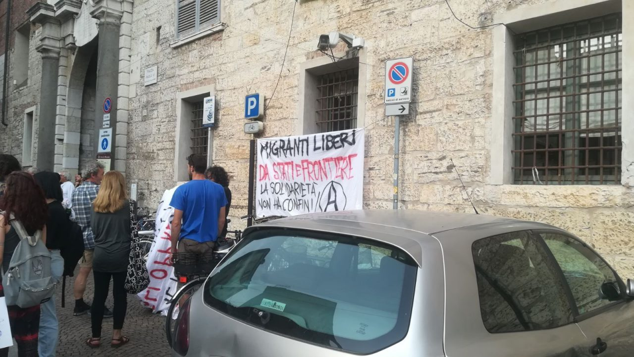 Aquarius protesta Brescia
