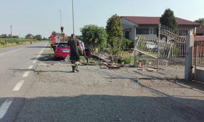 Auto ribaltata a Montichiari in via Calvisano – elisoccorso per un 21enne