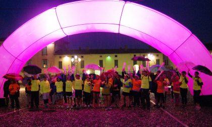 Corro Fluo la pioggia non ferma l'evento a Rovato