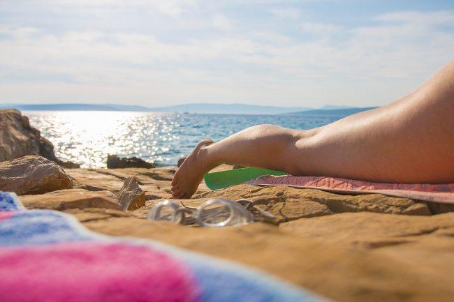 Nudisti multati alla spiaggia di Manerba