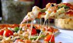 A Rovato, carico di pizze per ringraziare i volontari e aiutare i cittadini
