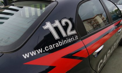 Tenta il suicidio, ma i carabinieri lo salvano