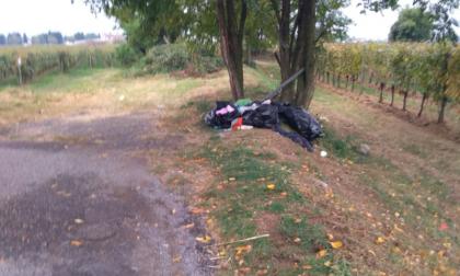 Abbandono di rifiuti: beccato un furbetto a Cologne