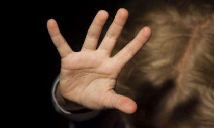Derubava clienti disabili psichici, denunciato avvocato senza scrupoli