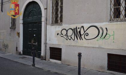 Scritte sui muri in città, due denunciati