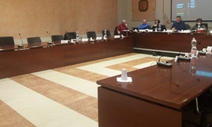 Salta la convocazione del Consiglio di Capriolo, dopo che il bilancio è rimasto al palo