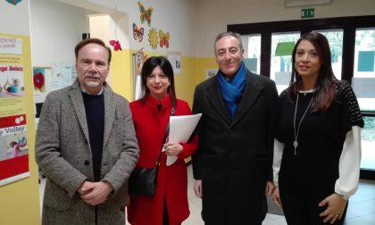 L'assessore Giulio Gallera a Montichiari con Claudia Carzeri