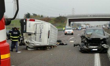 A4 bloccata in direzione Milano dopo un incidente mortale tra Trezzo e Cavenago